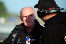 Derrick Walker, Falken Motorsports team manager