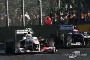 Sergio Perez, Sauber F1 Team and Rubens Barrichello, Williams F1 Team