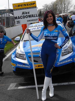 Caroline Hall, Alex MacDowall's Grid Girl