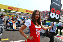 Grid girl for Rio Haryanto, Manor Racing