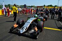 Fórmula 1 Fotos - Nico Hulkenberg, Sahara Force India F1 VJM09 on the grid
