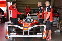 Formel E Fotos - Teambereich von Mahindra