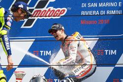 Sieger Dani Pedrosa, Repsol Honda Team; 2. Valentino Rossi, Yamaha Factory Racing