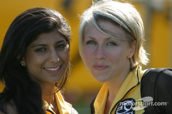 Lovely Team Australia girls