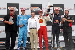 Podium: Mike Lanigan, race winner Sébastien Bourdais, Carl Haas, second place Graham Rahal, third place Robert Doornbos and Paul Stoddart