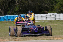 Safety team to the rescue after the spin of Mario Moraes