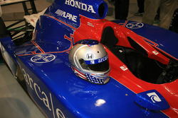 Marco Andretti's helmet, nearly a mirror image of his father's, on the ArcaEx Dallara Honda Firestone