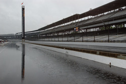 Heavy rain falls on Indianapolis Motor Speedway