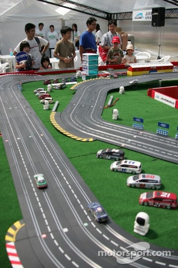 Slot cars
