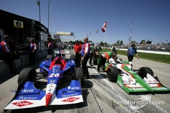 Andretti Green Racing cars on pitlane during qualifying