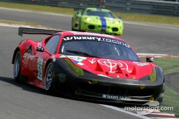 #59 Luxury Racing Ferrari F458 Italia: Stephane Ortelli, Frederic Makowiecki, Jean-Denis Deletraz
