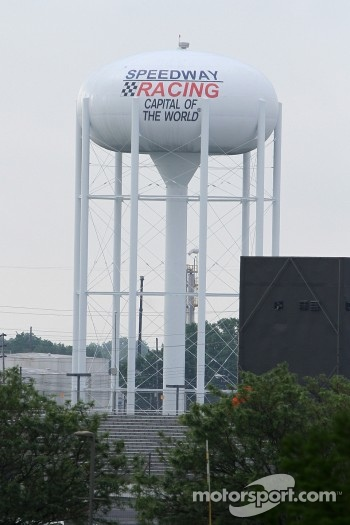 Speedway Indiana's water tower