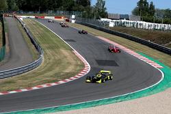 1st lap: #25 Philippe Bourgois, G-Force Indycar 2000