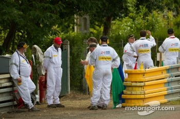 Course marshalls get ready for the qualifying session