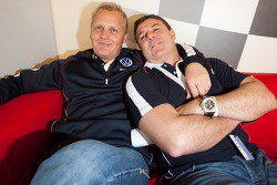 Johnny Herbert and Mark Blundell share a laugh