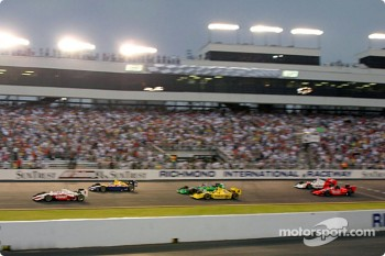 Start of the race: Scott Dixon takes the lead