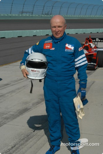 Participant in the IRL two seater program