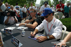 Autograph session: Felipe Giaffone and A.J. Foyt IV