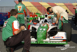 #11 Tony Kanaan Andretti Green Racing being cleaned