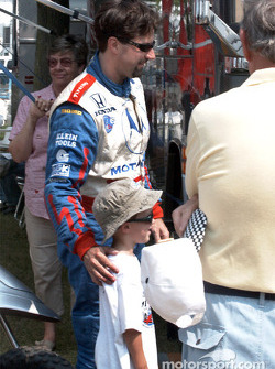 Michael Andretti and a fan