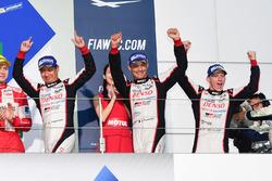 Podium LMP1: 1. #6 Toyota Racing, Toyota TS050 Hybrid: Stéphane Sarrazin, Mike Conway, Kamui Kobayashi