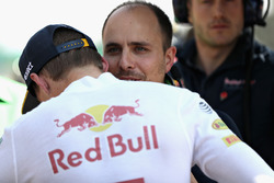Max Verstappen, Red Bull Racing talks with race engineer Gianpiero Lambiase