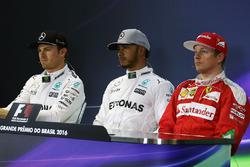 Post qualifying FIA Press Conference (L to R): Nico Rosberg, Mercedes AMG F1, second; Lewis Hamilton, Mercedes AMG F1, pole position; Kimi Raikkonen, Ferrari, third