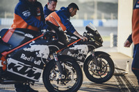 MotoGP Фото - Мотоциклы Red Bull KTM Factory Racing