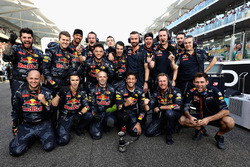 Mechaniker von Red Bull Racing Daniel Ricciardo, Red Bull Racing in der Startaufstellung