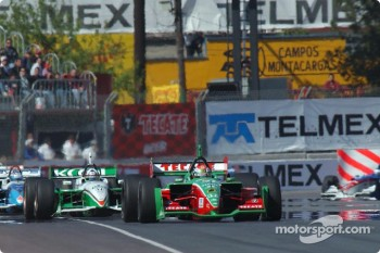 First lap: Adrian Fernandez leading Dario Franchitti