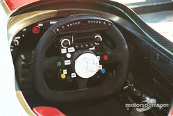 Reynard steering wheel