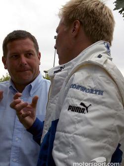 Mauricio Gugelmin and Mika Salo
