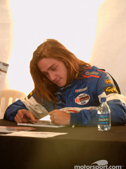 Autograph session: Nelson Philippe
