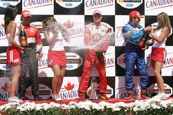 Sébastien Bourdais pops the champagne
