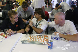 Autograph session: Sébastien Bourdais, Bruno Junqueira and Paul Tracy