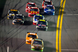 Kyle Busch, Joe Gibbs Racing Toyota leads the field