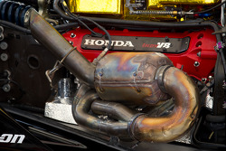 Honda Indy V8 engine