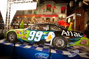 Crescent street racing party: car of Carl Edwards