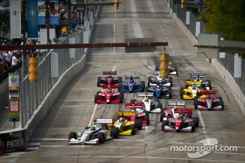 Start: Conor Daly, Sam Schmidt Motorsports leads the field