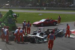 Nico Rosberg, Mercedes GP F1 Team and Rubens Barrichello, AT&T Williams