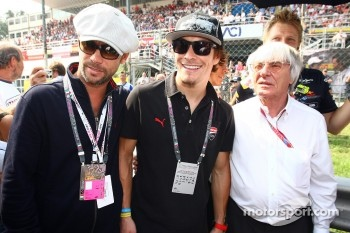 Jay Kay wth Bernie Ecclestone and Nicky Hayden, MotoGP rider