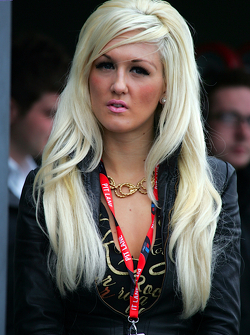 A tall Blonde in the pitlane