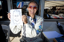 Mark Patterson draws a caricature of Motorsport.com's Eric Gilbert