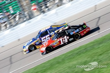 Martin Truex Jr., Michael Waltrip Racing Toyota and Tony Stewart, Stewart-Haas Racing Chevrolet