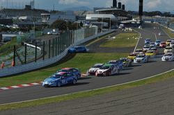 Start of the race and Robert Dahlgren, Volvo C30, Polestar Racing crash