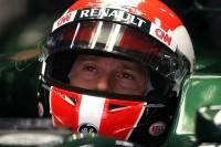 Formula 1 Foto - Jarno Trulli, Team Lotus indossa un casco replica di quello di Marco Simoncelli