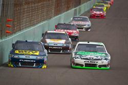 A.J. Allmendinger, Richard Petty Motorsports Ford, Kyle Busch, Joe Gibbs Racing Toyota