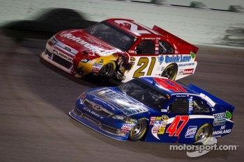 Bobby Labonte, JTG Daugherty Racing Toyota, Trevor Bayne, Wood Brothers Racing Ford