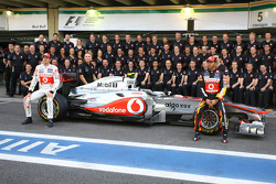 McLaren Mercedes team picture