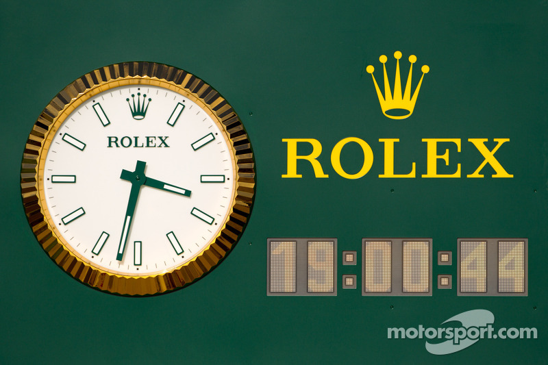 The new Rolex clock on pitlane